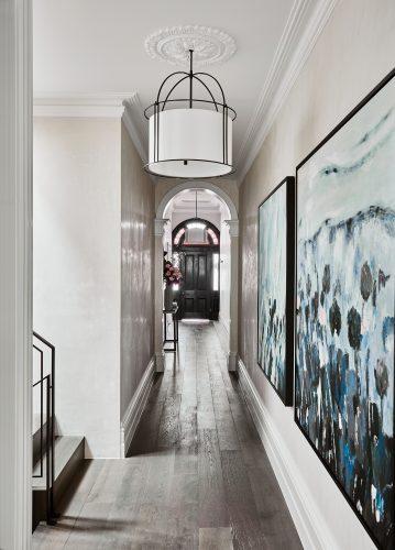 alisa and lysandra albert park hallway